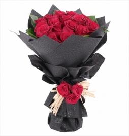 Güllerden Sevgi buketi