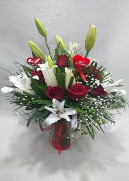 Vazoda kazabalanka & güller