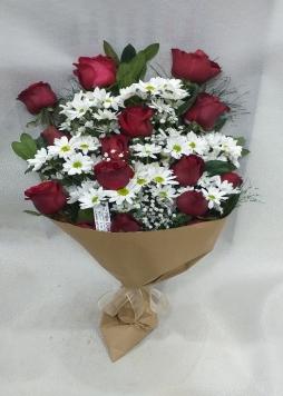 Sevgililer günü çiçeği
