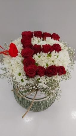 Kutuda papatya & güller
